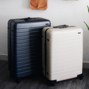 Hudson's Bay: Up to 65% OFF Select Luggages