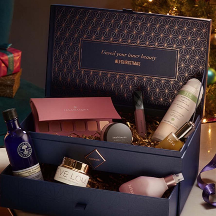 Lookfantastic US & CA: 25% OFF Skincare Gift Sets!