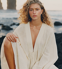 NET-A-PORTER: Calling All Sunseekers. Swap the Boardroom for the Beach