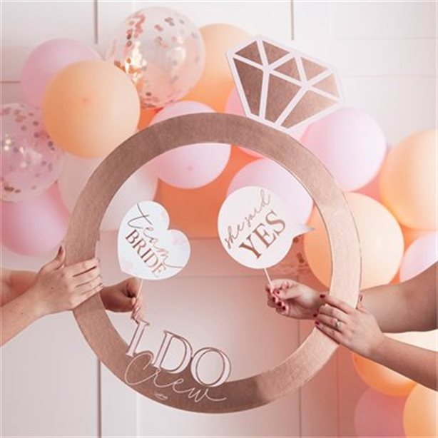 Indigo Books & Music: 25% OFF Select Wedding and Party Decor